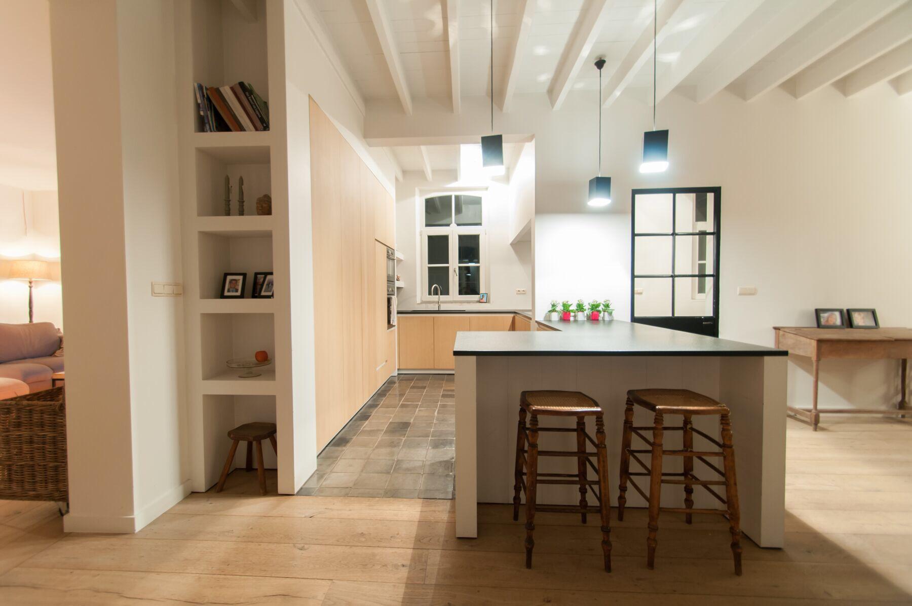 Schilderen keuken te dudzele schaeverbeke kalei en schilderwerken brugge - Trend schilderen keuken ...